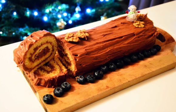 Pourquoi mange-t-on traditionnellement une Bûche à Noël ?